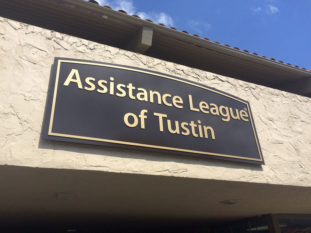 Assistance League Tustin Wall Sign